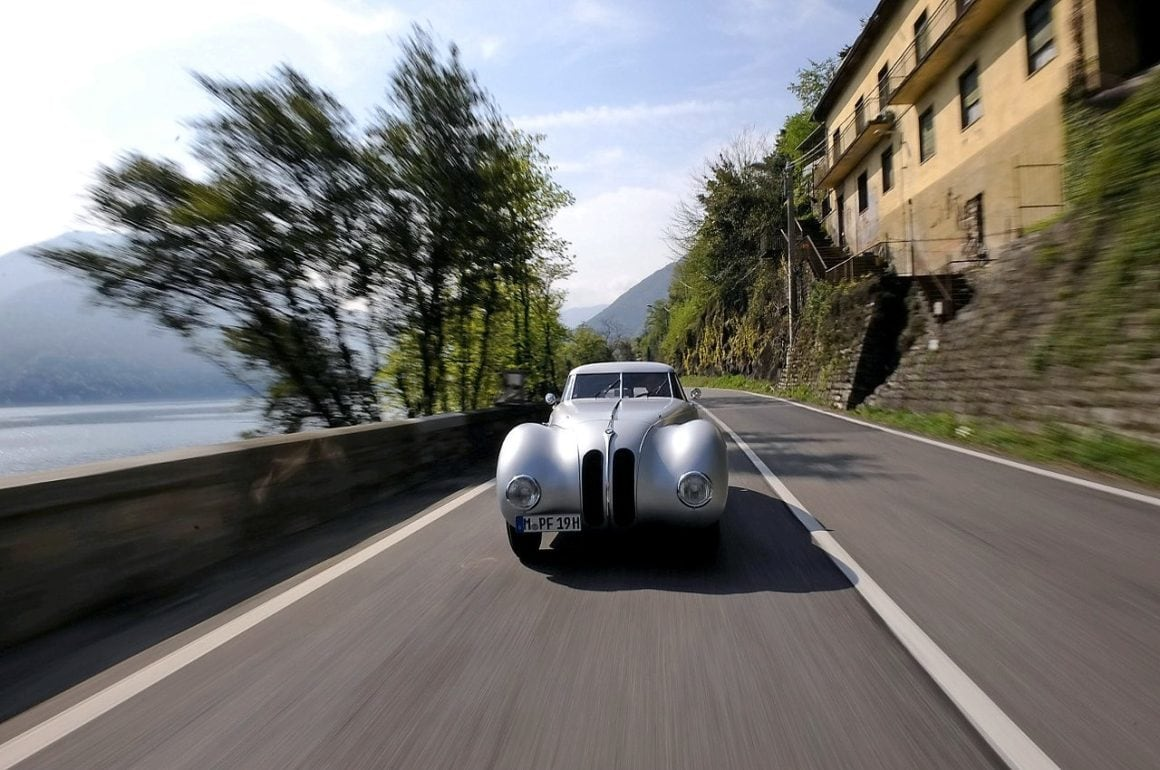 1940-bmw-328-kamm-coupe-01