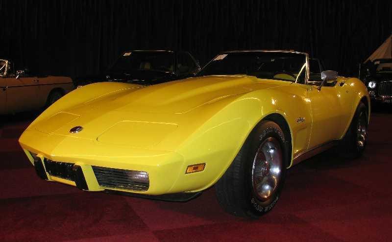 1975corvette_01