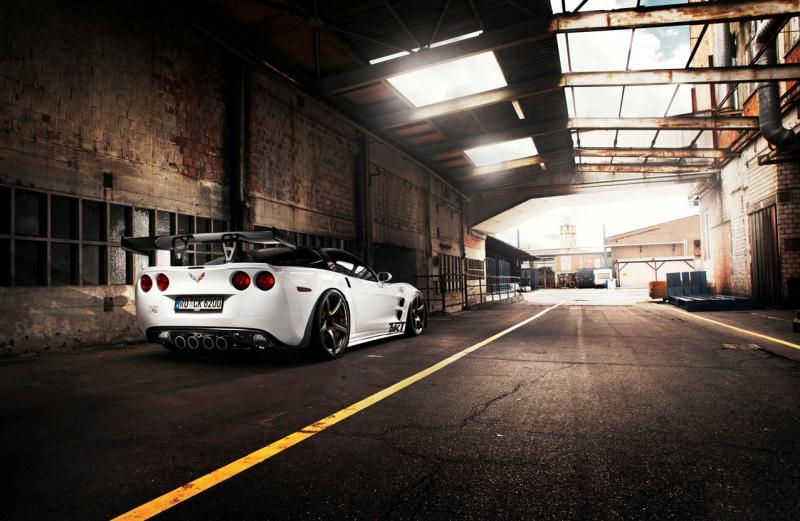 2012corvette-c6zr1triplex_03