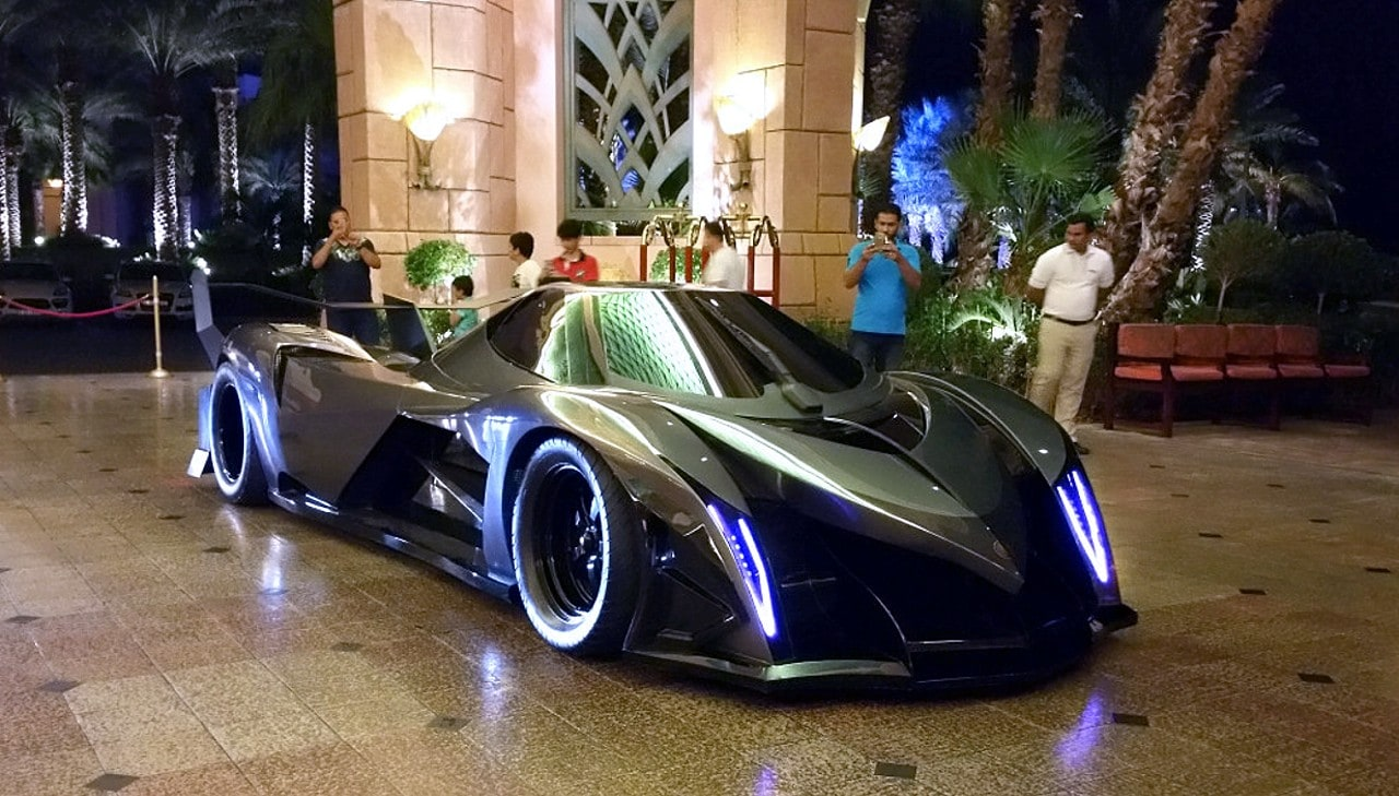2014 devel sixteen v16 5000chevaux 560km  h   1 million d