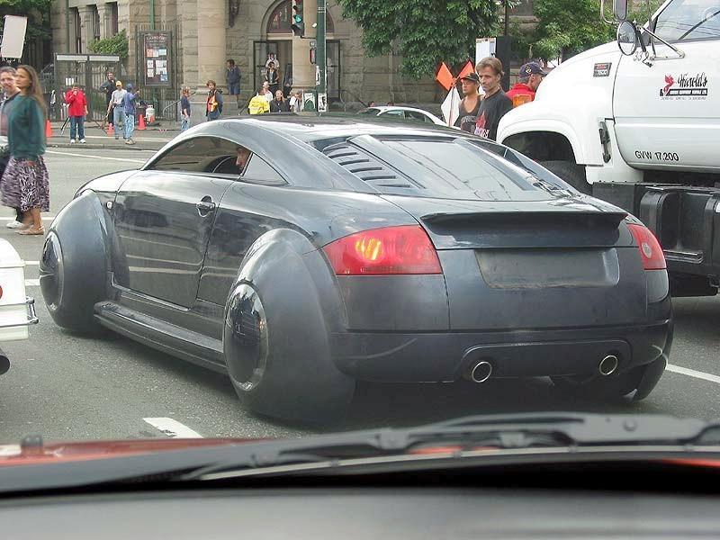 L Audi Tt Dark Vadorienne Du Film I Robot Gatsby Online