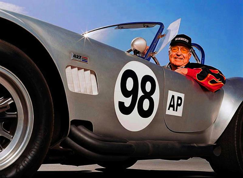 carroll-shelby-in-cobra-racer