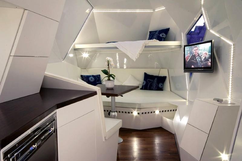 vive le camping. Black Bedroom Furniture Sets. Home Design Ideas