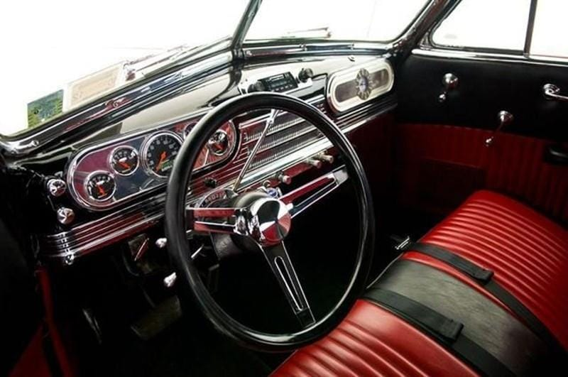 olds48cab_05
