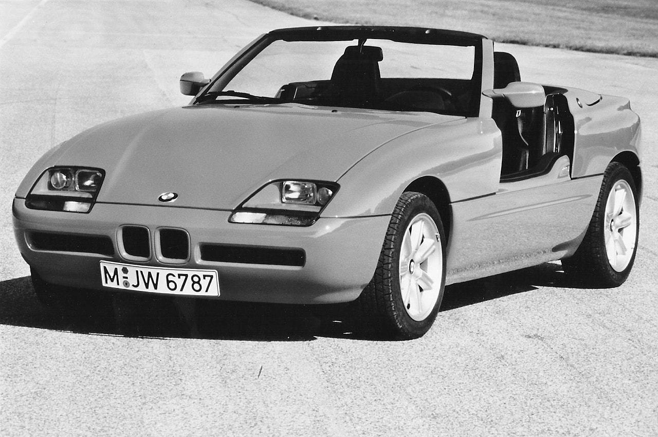 21-bmw-z1-stat-avant-portes-ouv-1988