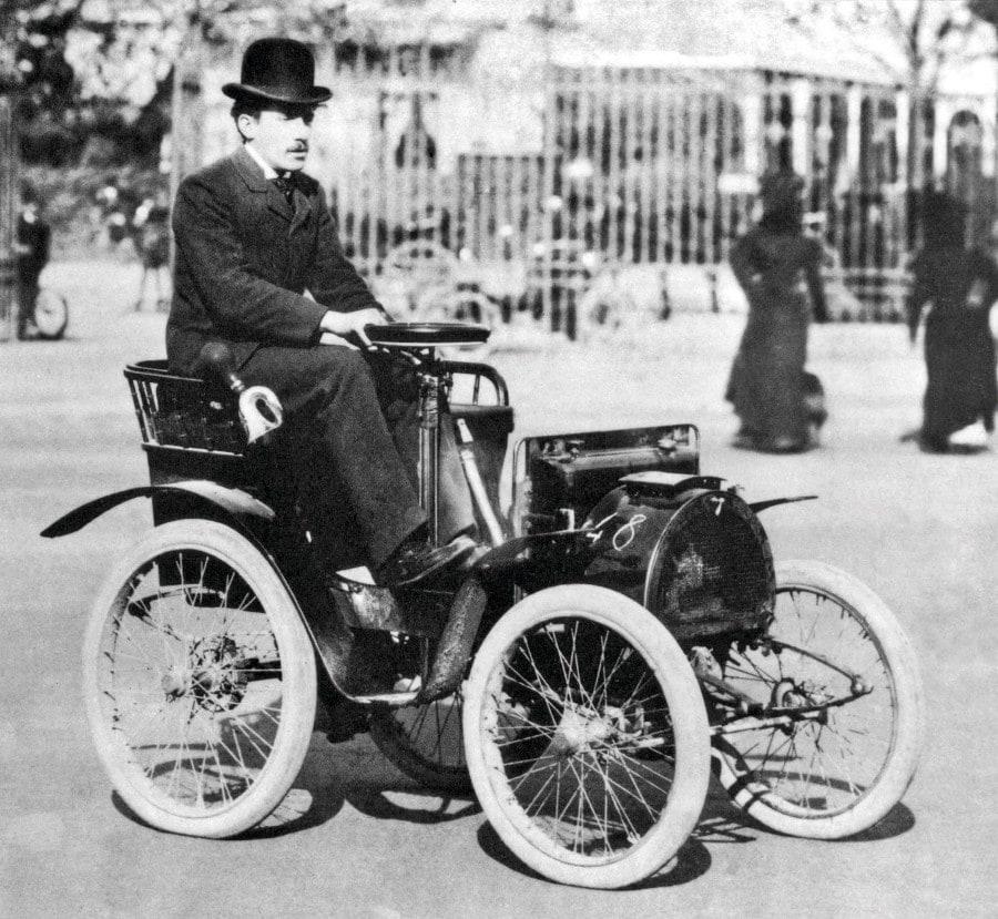 03-gatsby-renault-1898