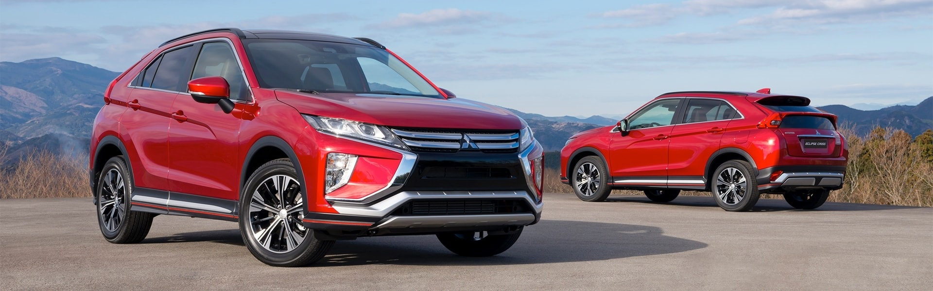 30-mitsubishi-eclipse-cross-front-and-rear-2017
